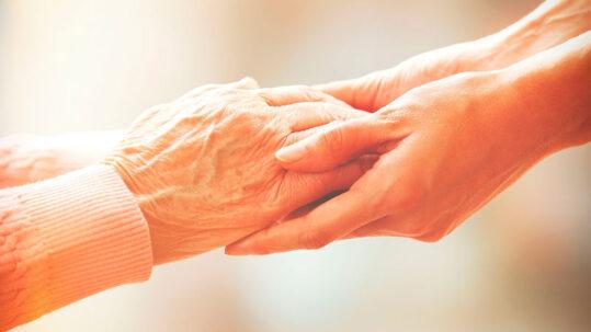lucha contra la soledad de los mayores